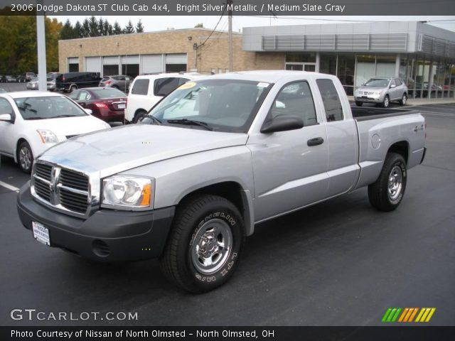 bright silver metallic 2006 dodge dakota st club cab 4x4 medium slate gray interior. Black Bedroom Furniture Sets. Home Design Ideas