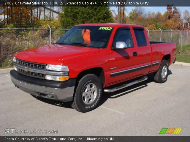 victory red 2002 chevrolet silverado 1500 ls extended cab 4x4 graphite gray interior. Black Bedroom Furniture Sets. Home Design Ideas