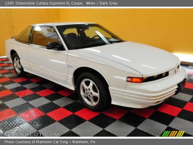 1995 Oldsmobile Cutlass Supreme SL Coupe in White