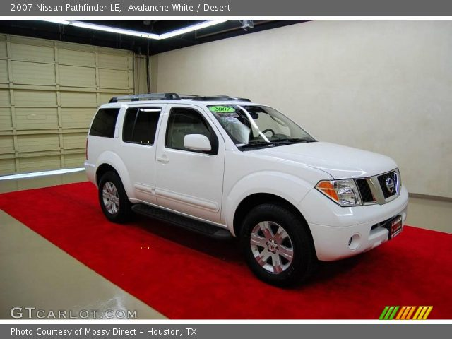 avalanche white 2007 nissan pathfinder le desert. Black Bedroom Furniture Sets. Home Design Ideas