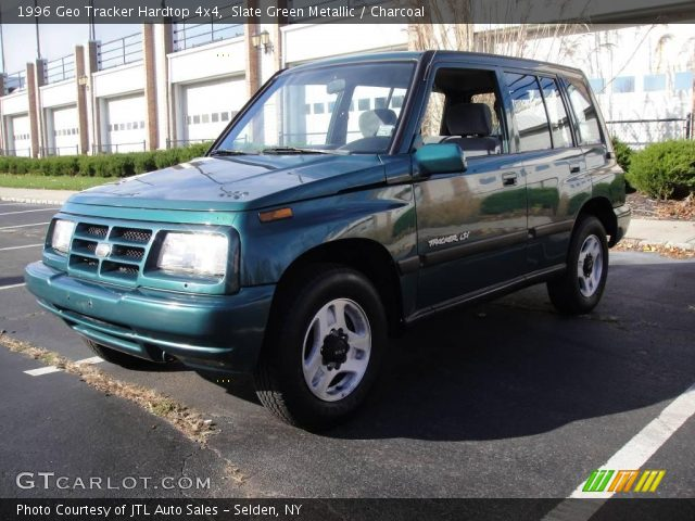 1996 Geo Tracker Hardtop 4x4 in Slate Green Metallic