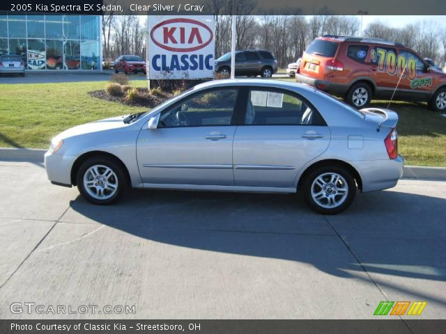 clear silver 2005 kia spectra ex sedan gray interior. Black Bedroom Furniture Sets. Home Design Ideas