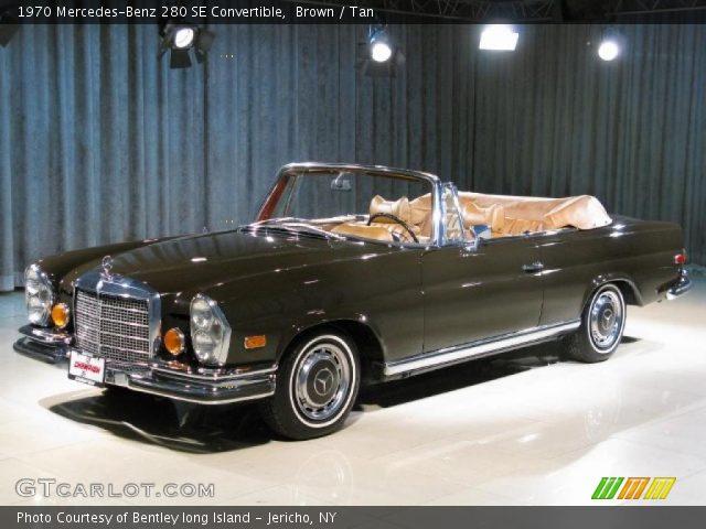 1970 Mercedes-Benz 280 SE Convertible in Brown