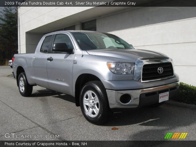 silver sky metallic 2009 toyota tundra double cab 4x4 graphite gray interior. Black Bedroom Furniture Sets. Home Design Ideas