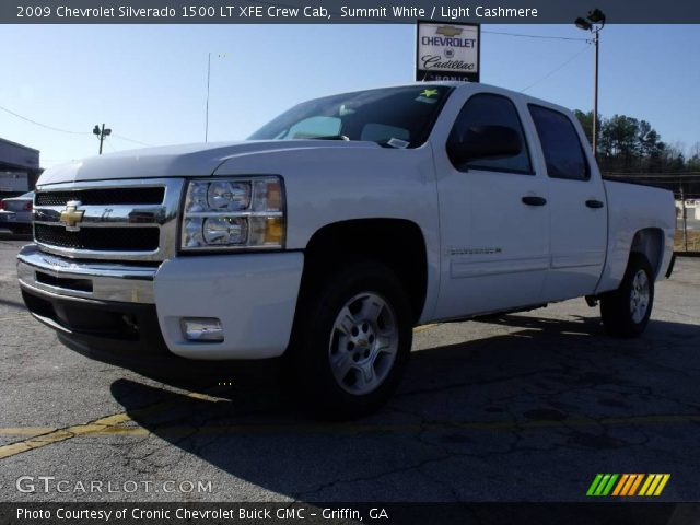 Chevrolet Silverado 15 Xfe. Summit White 2009 Chevrolet Silverado 1500 LT XFE Crew Cab with Light