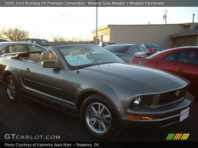 Mineral Grey Metallic 2005 Ford Mustang V6 Premium Convertible Medium Parchment Interior