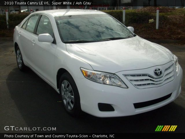 super white 2010 toyota camry le v6 ash gray interior vehicle archive 25401216. Black Bedroom Furniture Sets. Home Design Ideas