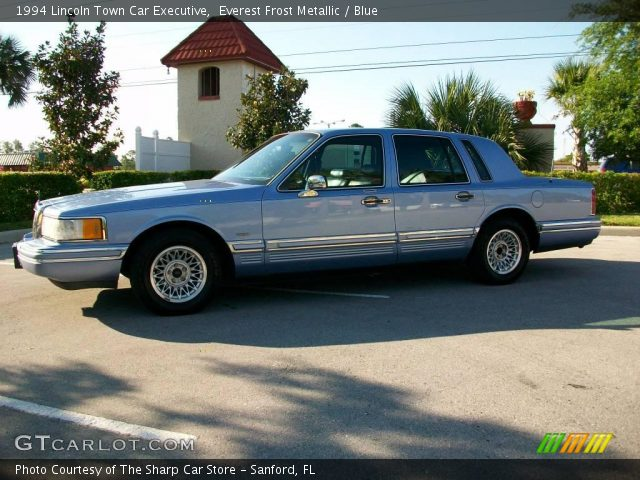 everest frost metallic 1994 lincoln town car executive blue interior. Black Bedroom Furniture Sets. Home Design Ideas