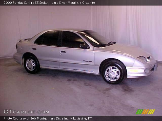 ultra silver metallic 2000 pontiac sunfire se sedan. Black Bedroom Furniture Sets. Home Design Ideas