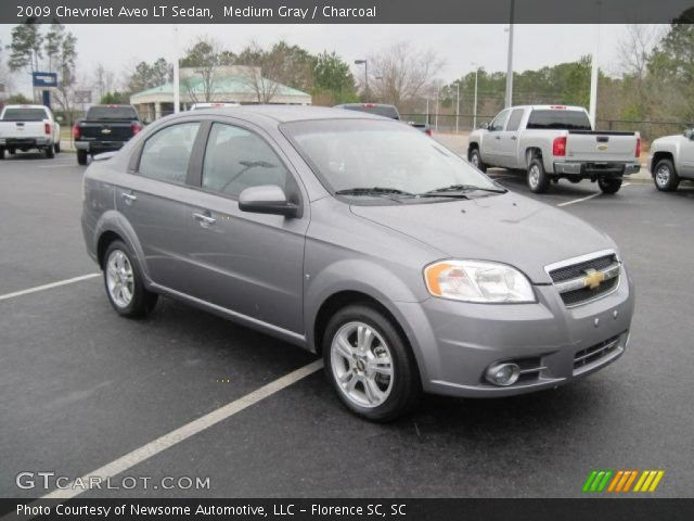 2009 Chevrolet Aveo LT Sedan in Medium Gray