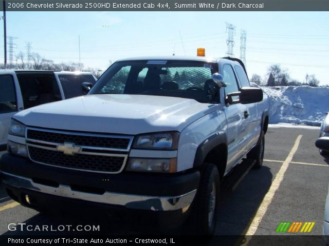 summit white 2006 chevrolet silverado 2500hd extended cab 4x4 dark charcoal interior. Black Bedroom Furniture Sets. Home Design Ideas