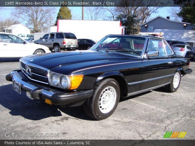 1985 Mercedes-Benz SL Class 380 SL Roadster in Black