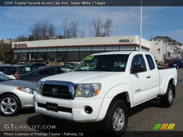 super white 2005 toyota tacoma access cab 4x4 taupe. Black Bedroom Furniture Sets. Home Design Ideas