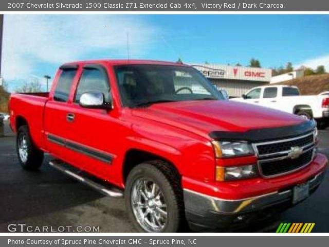 victory red 2007 chevrolet silverado 1500 classic z71 extended cab 4x4 dark charcoal. Black Bedroom Furniture Sets. Home Design Ideas