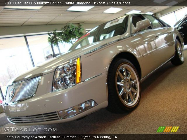 2010 Cadillac DTS Biarritz Edition in White Diamond Tri-coat