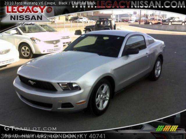 black 2010 ford mustang v6 coupe charcoal black interior. Black Bedroom Furniture Sets. Home Design Ideas