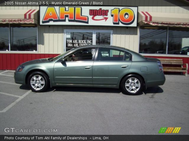 Mystic Emerald Green 2005 Nissan Altima 2 5 S Blond