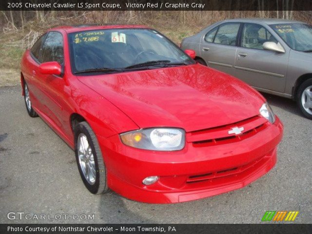 victory red 2005 chevrolet cavalier ls sport coupe graphite gray interior. Black Bedroom Furniture Sets. Home Design Ideas