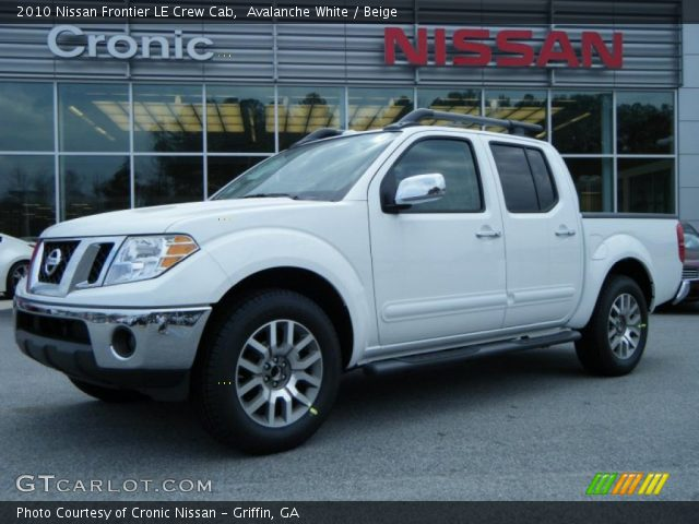 avalanche white 2010 nissan frontier le crew cab beige interior vehicle. Black Bedroom Furniture Sets. Home Design Ideas