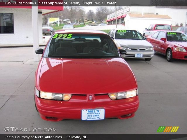 1996 Oldsmobile Cutlass Supreme SL Sedan in Bright Red
