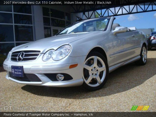 Iridium silver metallic 2007 mercedes benz clk 550 for 2007 mercedes benz clk550