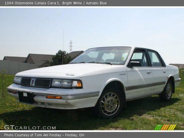 1994 Oldsmobile Cutlass Ciera S in Bright White