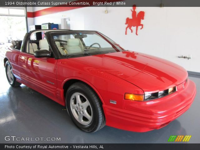 1994 Oldsmobile Cutlass Supreme Convertible in Bright Red