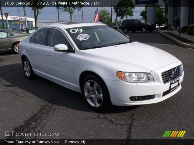 2009 Volvo S80 T6 AWD in Ice White
