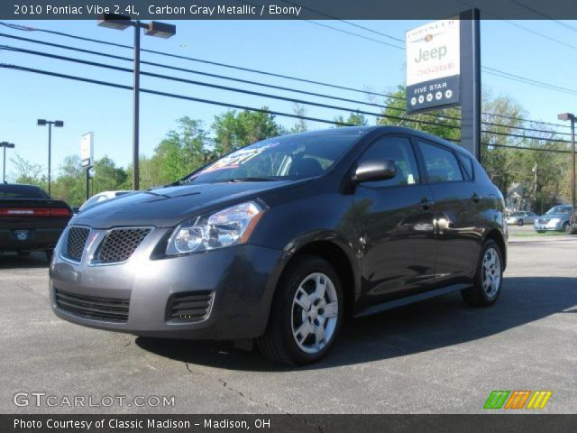 2010 Pontiac Vibe 2.4L in Carbon Gray Metallic