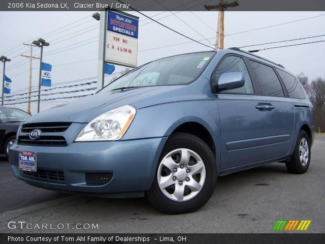 glacier blue 2006 kia sedona lx gray interior. Black Bedroom Furniture Sets. Home Design Ideas