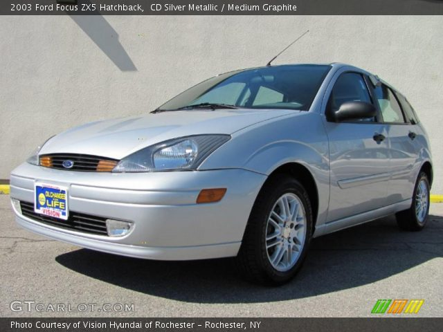 cd silver metallic 2003 ford focus zx5 hatchback. Black Bedroom Furniture Sets. Home Design Ideas
