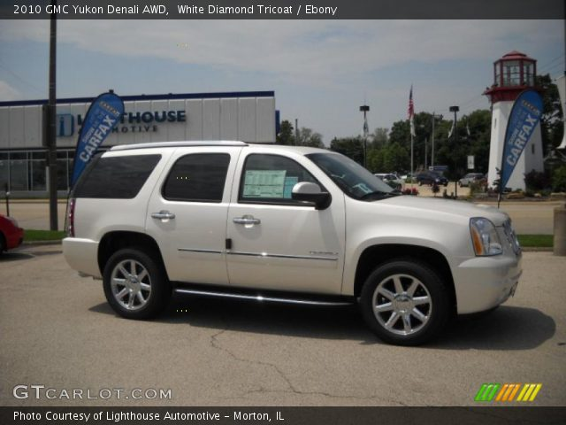 2010 GMC Yukon Denali AWD in White Diamond Tricoat