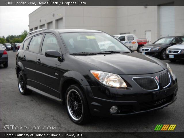 abyss black 2006 pontiac vibe graphite black interior. Black Bedroom Furniture Sets. Home Design Ideas