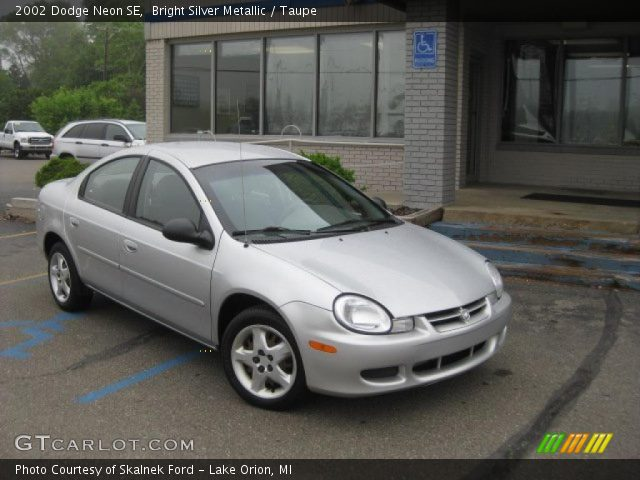 bright silver metallic 2002 dodge neon se taupe. Black Bedroom Furniture Sets. Home Design Ideas