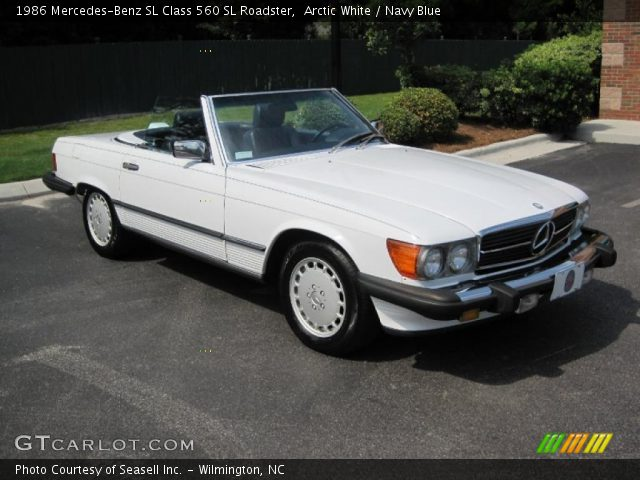 Arctic white 1986 mercedes benz sl class 560 sl roadster for Navy blue mercedes benz