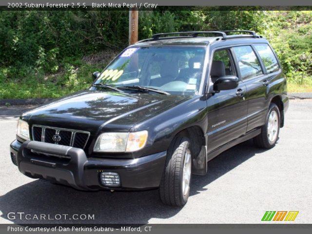 Black Mica Pearl 2002 Subaru Forester 2 5 S Gray Interior Vehicle Archive