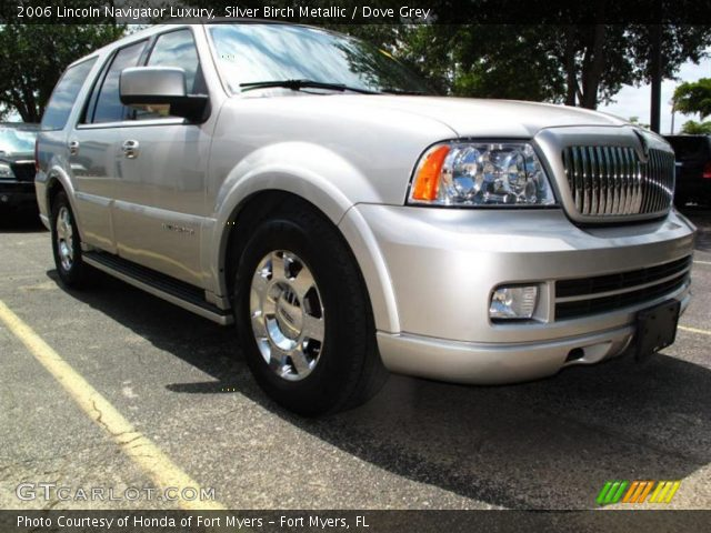 silver birch metallic 2006 lincoln navigator luxury. Black Bedroom Furniture Sets. Home Design Ideas