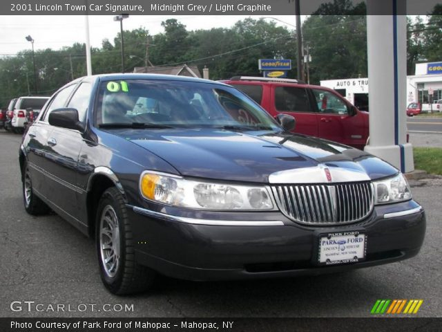 midnight grey 2001 lincoln town car signature light graphite interior. Black Bedroom Furniture Sets. Home Design Ideas