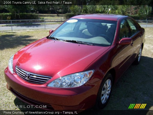 salsa red pearl 2006 toyota camry le taupe interior vehicle archive 32391849. Black Bedroom Furniture Sets. Home Design Ideas