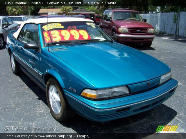Brilliant Blue Metallic 1994 Pontiac Sunbird LE Convertible with White