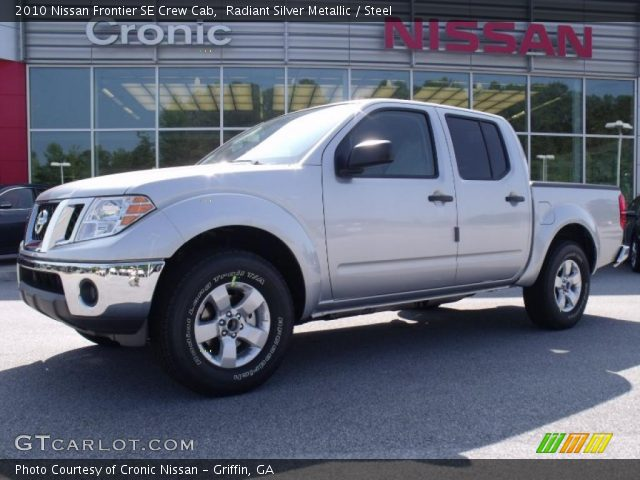 radiant silver metallic 2010 nissan frontier se crew cab steel interior. Black Bedroom Furniture Sets. Home Design Ideas