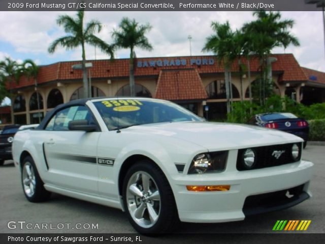 performance white 2009 ford mustang gt cs california special convertible black dove interior. Black Bedroom Furniture Sets. Home Design Ideas
