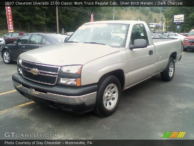 2007 Chevrolet Silverado 1500 Classic Work Truck Regular Cab in Silver Birch Metallic