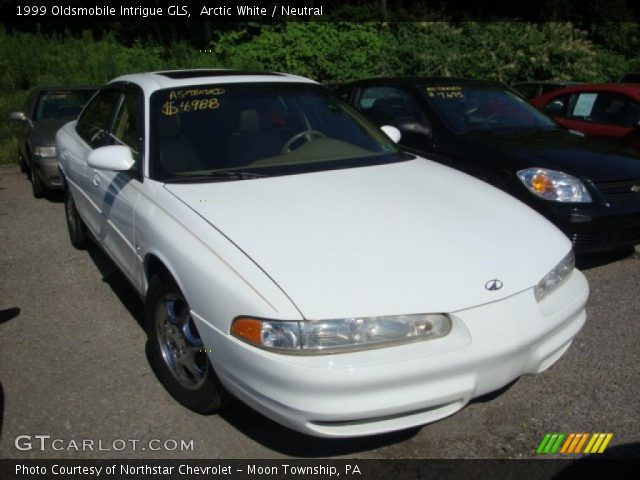 arctic white 1999 oldsmobile intrigue gls neutral. Black Bedroom Furniture Sets. Home Design Ideas