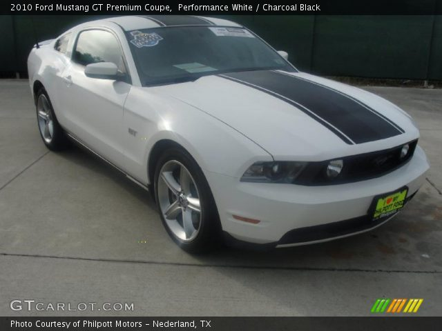 performance white 2010 ford mustang gt premium coupe charcoal black interior. Black Bedroom Furniture Sets. Home Design Ideas