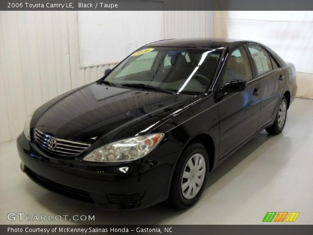 black 2006 toyota camry le taupe interior vehicle archive 33987391. Black Bedroom Furniture Sets. Home Design Ideas