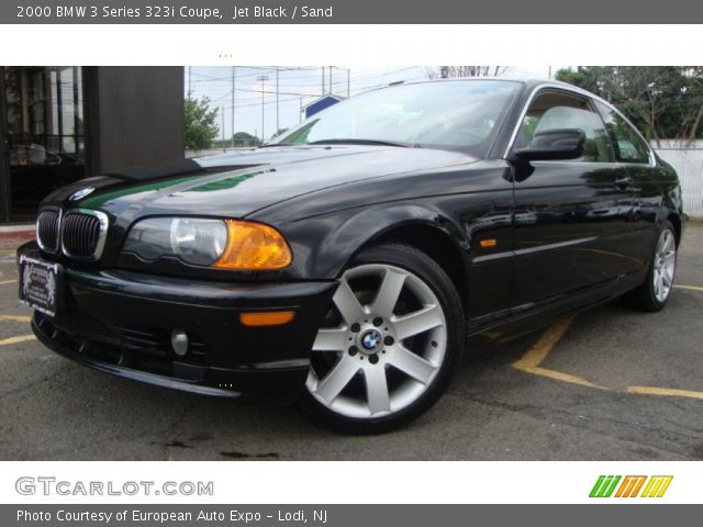 2000 BMW 3 Series 323i Coupe in Jet Black