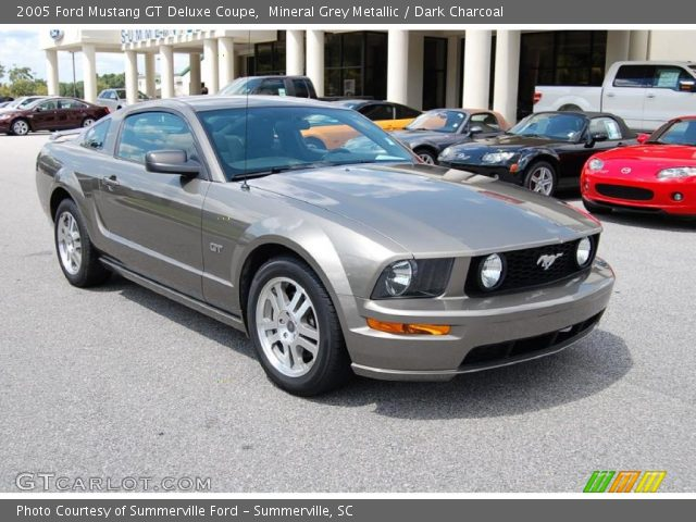 mineral grey metallic 2005 ford mustang gt deluxe coupe. Black Bedroom Furniture Sets. Home Design Ideas