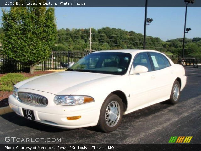 white 2001 buick lesabre custom taupe interior vehicle archive 34320149. Black Bedroom Furniture Sets. Home Design Ideas