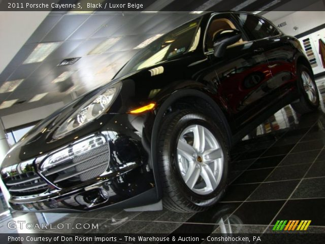 2011 Porsche Cayenne S in Black